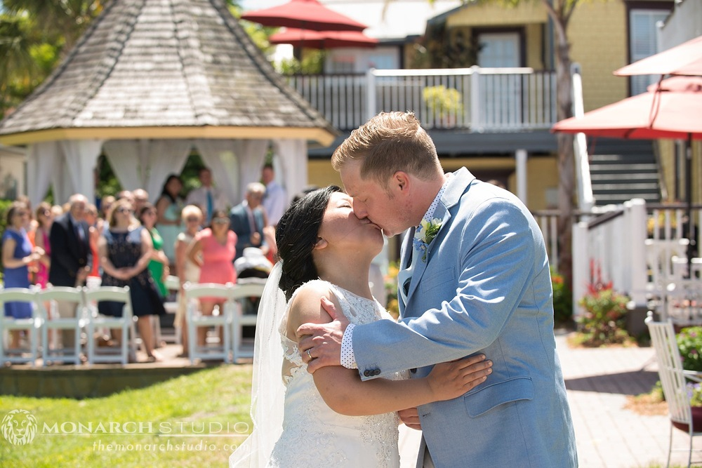 St-Augustine-Bed-and-Breakfast-Wedding-Photographer-Bayfront-Marin_0025.jpg
