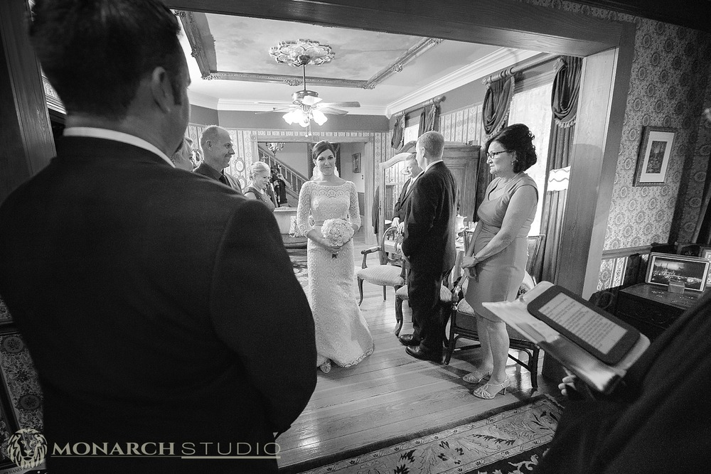 st-augustine-bed-and-breakfast-wedding-photographer-Cedar-House-Inn_0011.jpg
