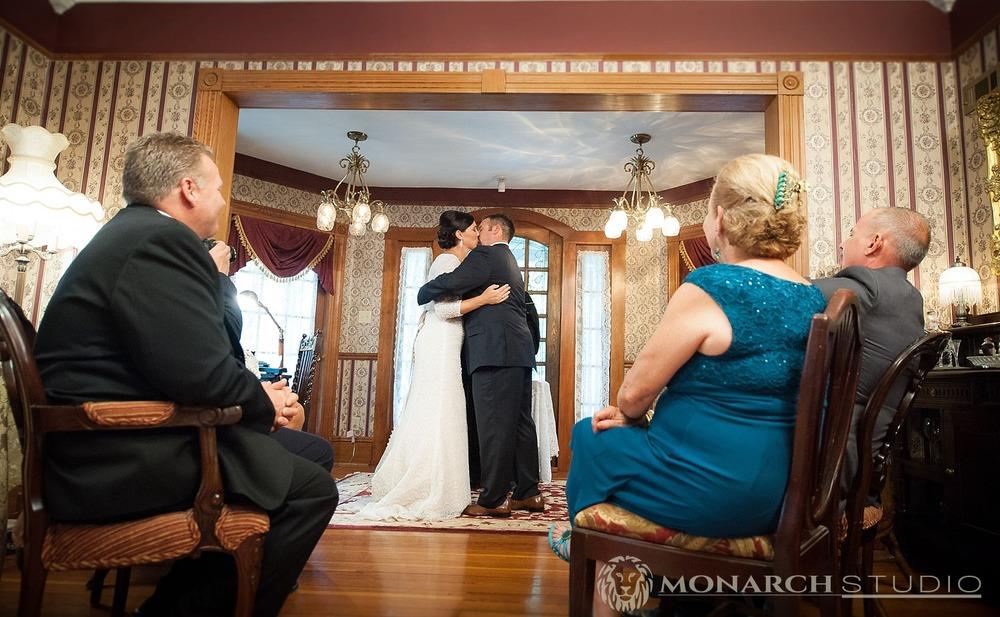 st-augustine-bed-and-breakfast-wedding-photographer-Cedar-House-Inn_0019.jpg