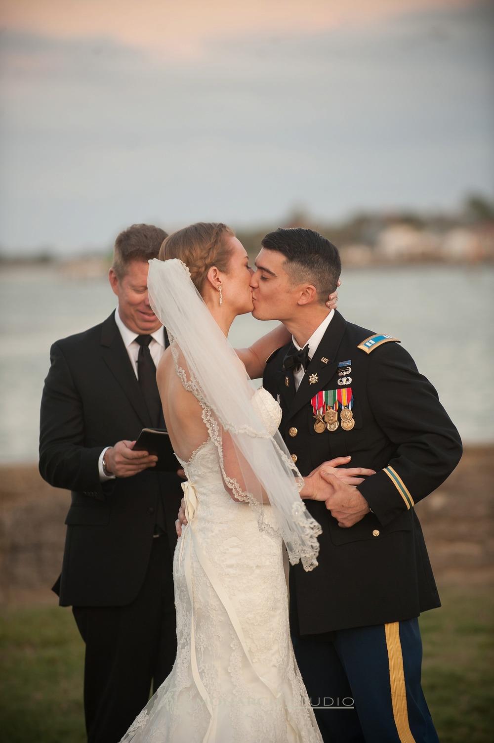 Castillo-De-San-Marco-St-Augustine-Florida-Wedding-Photographer_0071.jpg