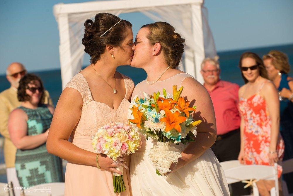 St-Augustine-Photographer-Beach-Wedding_0033.jpg