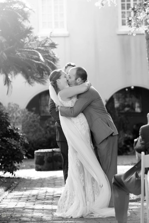 St-Augustine-Photographers-Oldest-House-Wedding_0076.jpg
