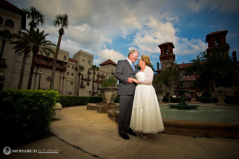 Lightner-Courtyard-Wedding-St-Augustine-Florida_0003.jpg