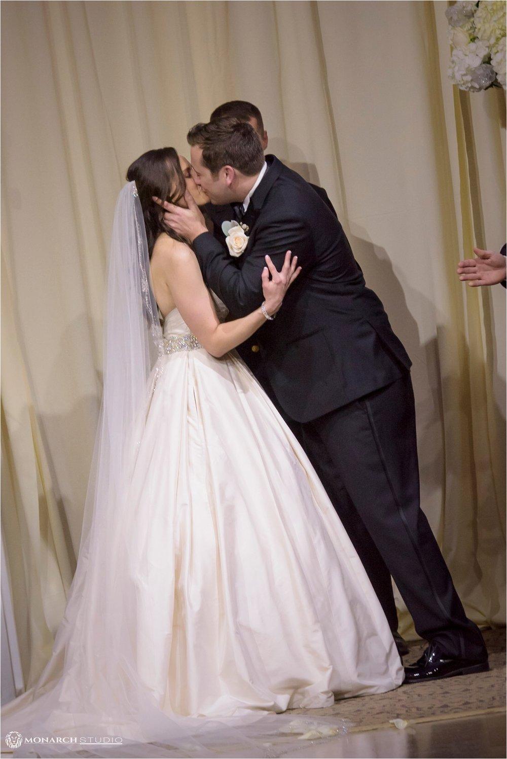 st-augustine-wedding-venue-treasury-on-the-plaza-040.jpg