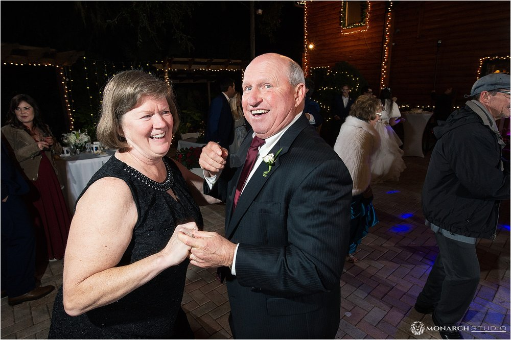 Wedding-photographer-in-sanford-florida-natural-wedding-116.jpg