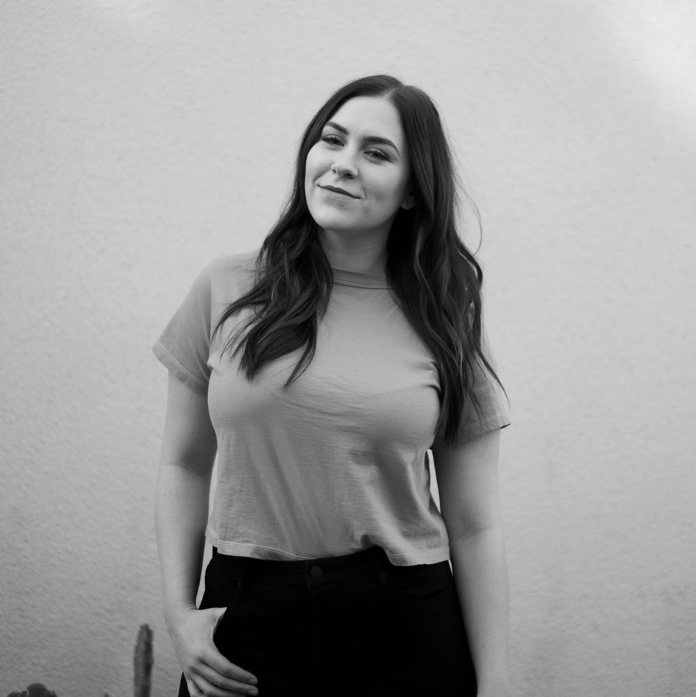 Caitlyn Colussy  Asst. Salon Coordinator+ Hairstylist + Balayage Specialist + Educator