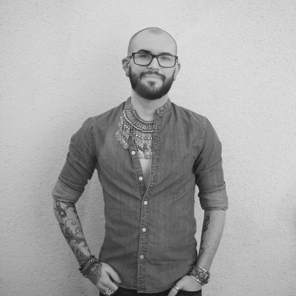 Matthew Gresham  Master Colorist + Balayage Specialist + Educator