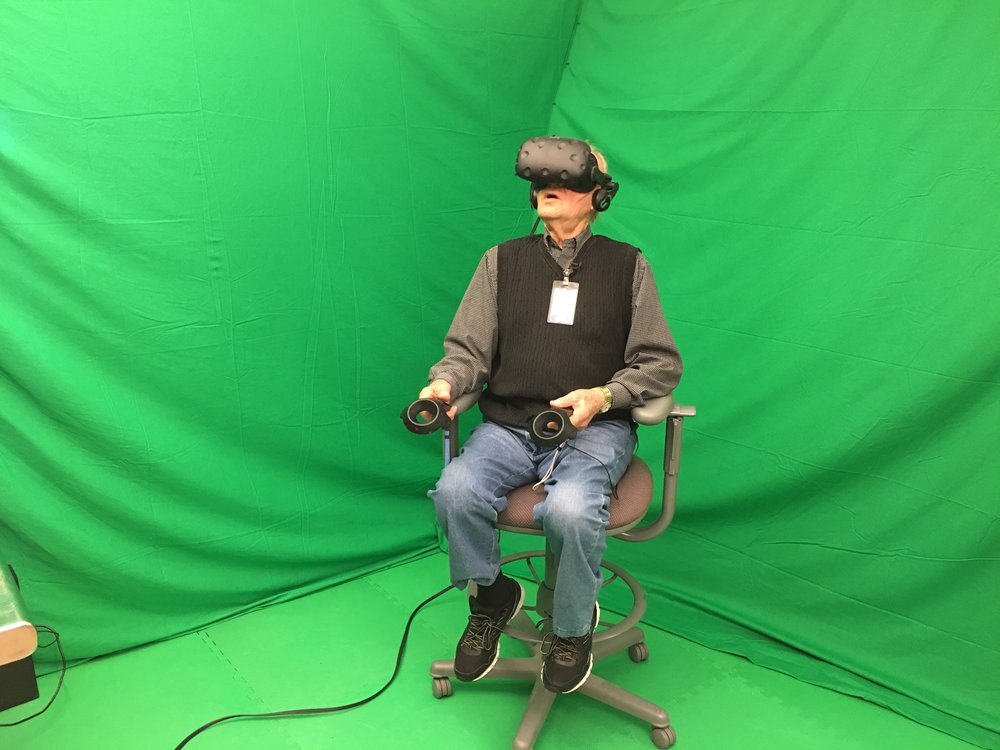 100 year-old Lyle Becker tries virtual reality for the first time.