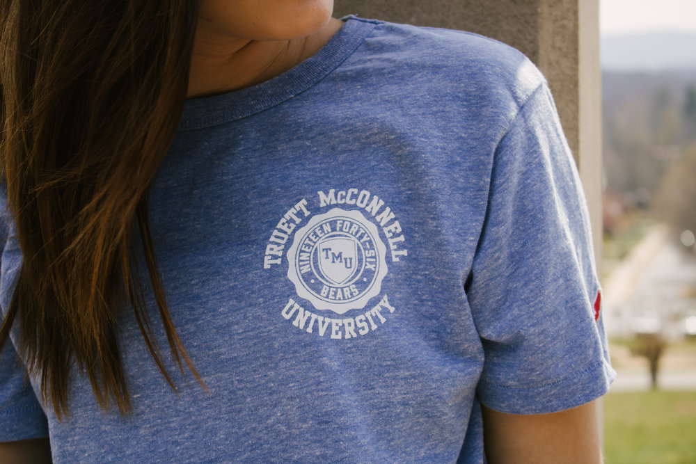THE league Crest tee - Perfect for ladies or men