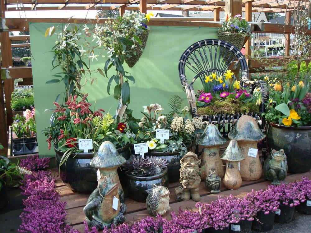 Garden Accents Maple Leaf Garden Centre