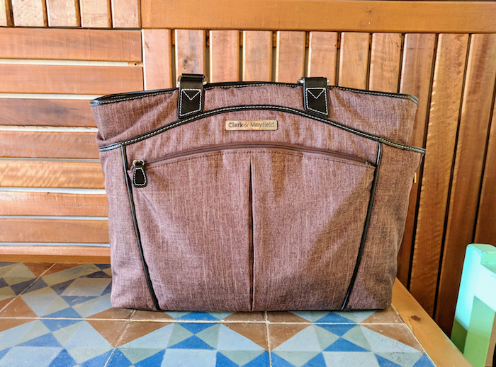 Click here to l earn more about Michelle's laptop handbag for travel, The Reed >>