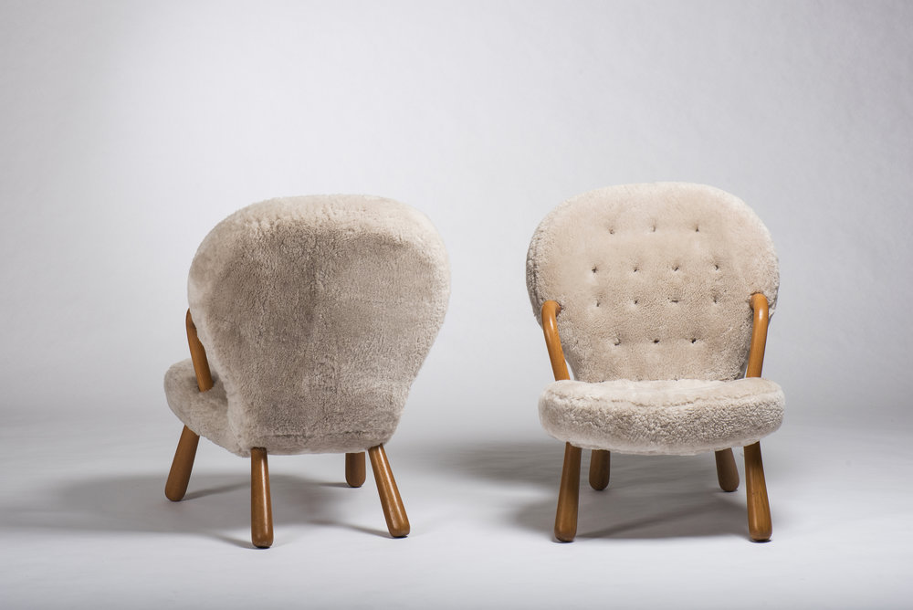 Clam Style Chair
