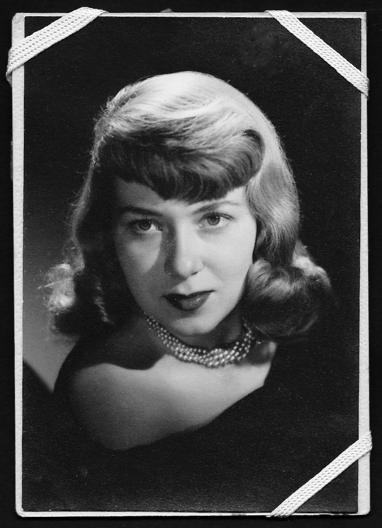 My mom, Mary Louise Lasworth (1930-2017)