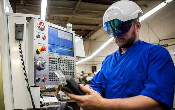 DAQRI's Smart Helmet keeps workers safe and allows them to essentially become an arsenal of IoT sensors. Photo: DAQRI