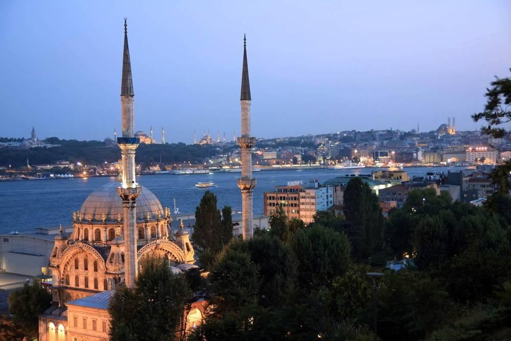 minarets landmarks of istanbul