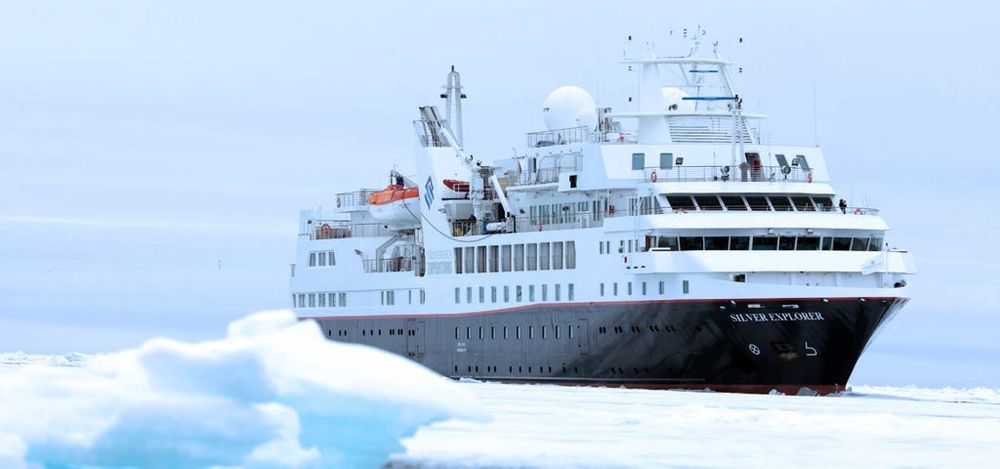 Silver Explorer in the Antarctica Peninsula