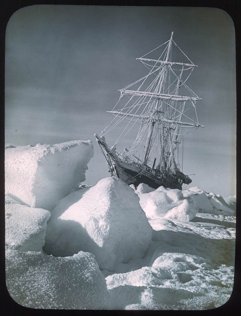 1912 - endurance in_the ice