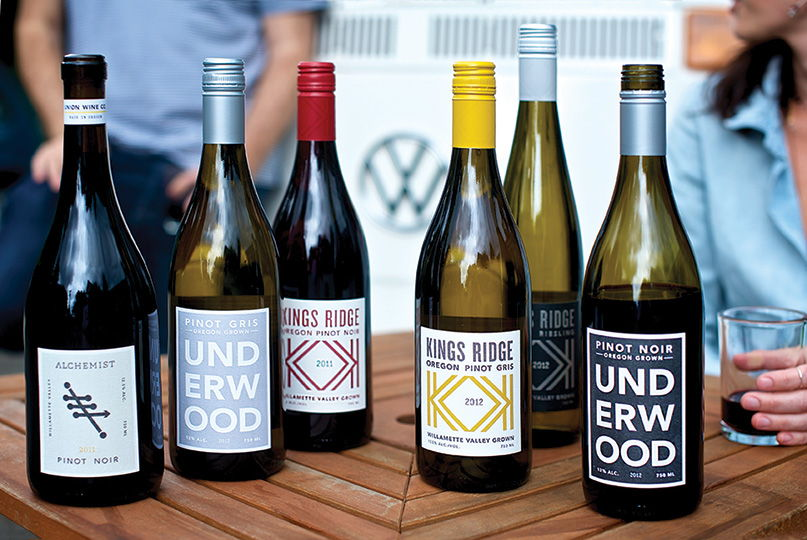 union wine company labels - The Portland, Oregon-based company wants you to do it #pinkiesdown -  no muss-no fuss - simply really good wines