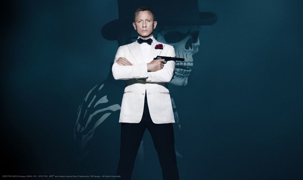 Achingly Cool, Classic Daniel Craig Pose as - 007 James Bond in Spectre