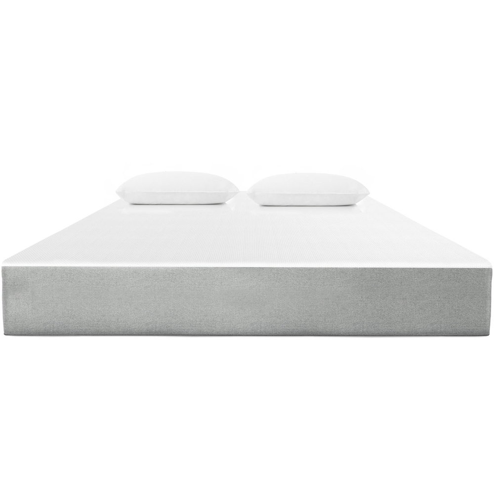 If you enjoy the springy feel of a traditional mattress but want to experience the contouring hug of memory foam, the Flex mattress is a great option