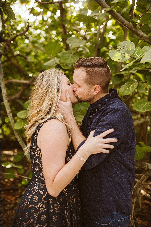 Tampa-Engagement-Photographer_0037.jpg