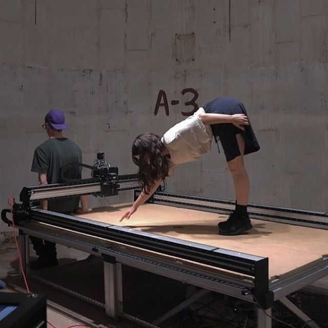 Alexa West, with Alex Goss, for Houston Sculpture Month 👏🏽🔳 #sculpture #performance #dance #contemporaryart #cooperunion