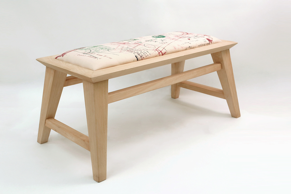 UPLOAD small bench angle 3T4B3551.jpg