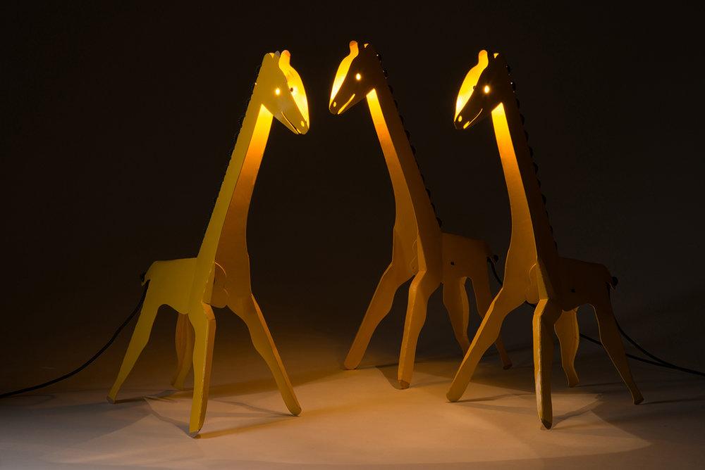 giraffe4_6x4.jpg