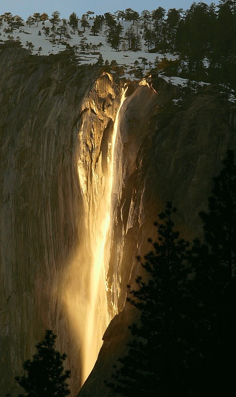 benrogerswpg :     Nature, Horsetail falls, Yosemite, waterfall  http://bit.ly/13qLnEy        According to US News and Travel , Yosemite is one of California's most formidable natural landscapes, Yosemite National Park features nearly 1,200 square miles of sheer awe: towering waterfalls, millennia-old Sequoia trees, daunting cliff faces and some of the most unique rock formations in the United States.     Travel is an experience like art.  Everyone will experience it in unique ways creating an imprint that only you can imagine.  Solo, with friends or with family, the beauty and mystery of Yosemite is endless and always changing.
