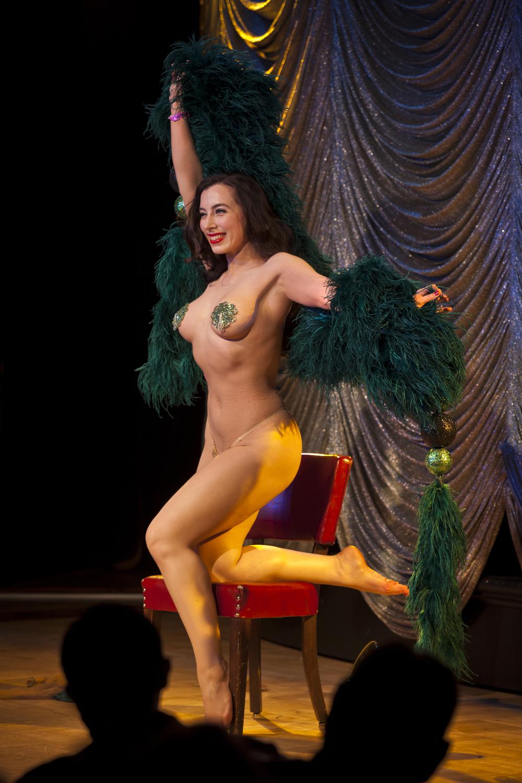 burlesque_34.jpg