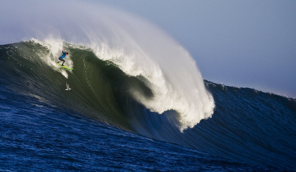 Mavericks surf contest - Pillar Point, CA