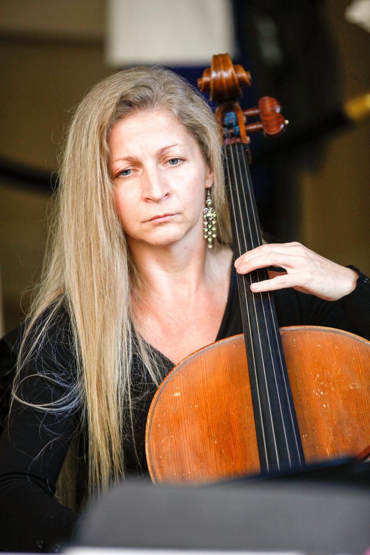 Agnieszka Rybska, Cello