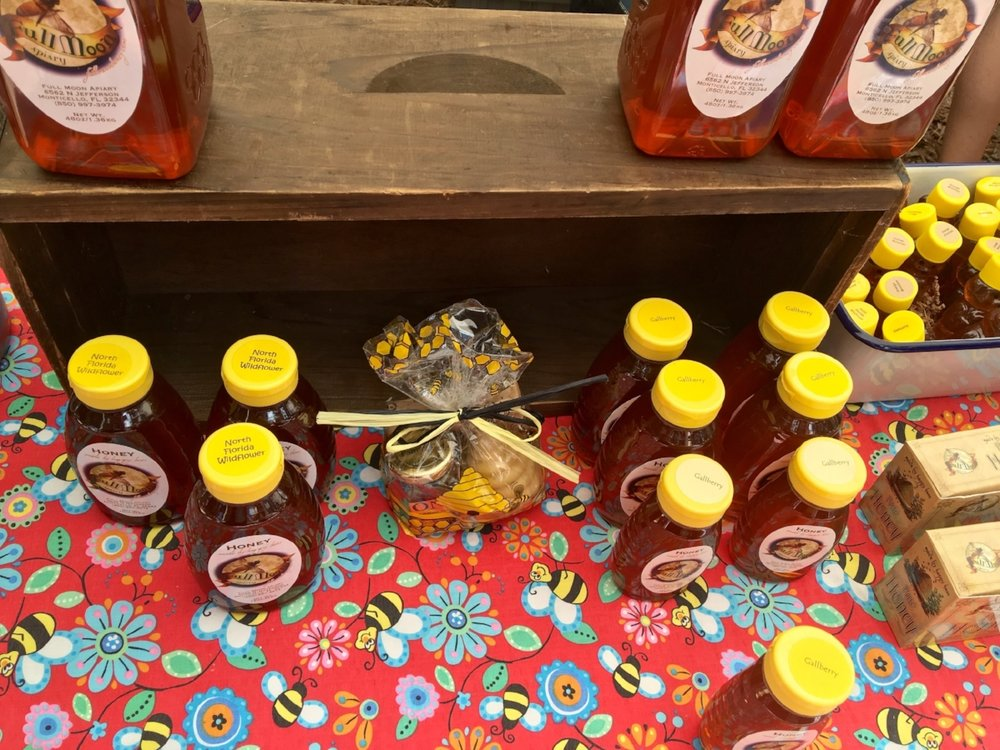 Kurt has long told me that if I use honey sourced from local bees it will help with my allergies. The man selling the honey at this lovely little stand shared the same thing, so we bought a small bottle of the North Florida Wildflower honey so I could test this theory!