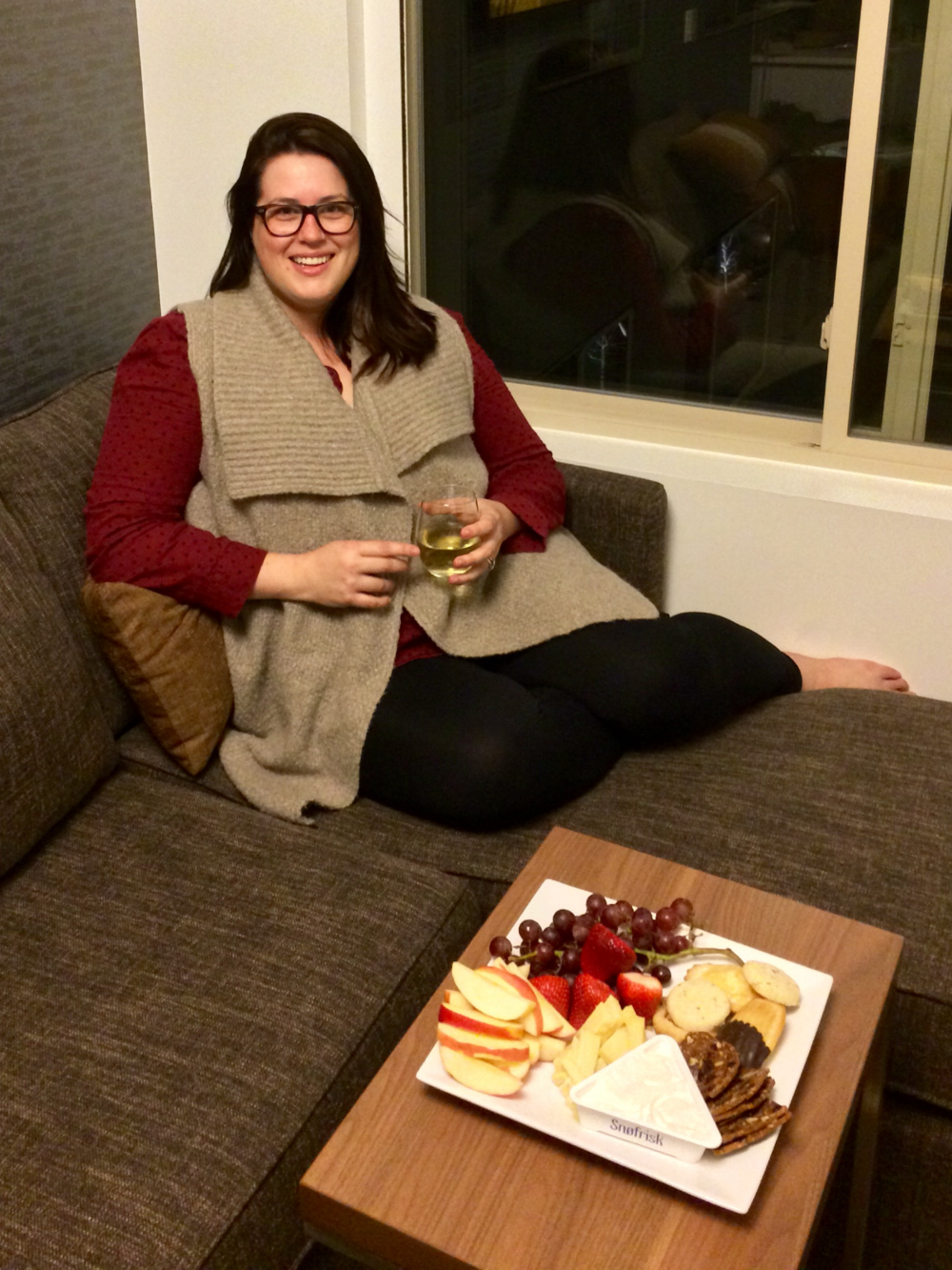 Kurt put together a fruit and cheese plate for our first night!