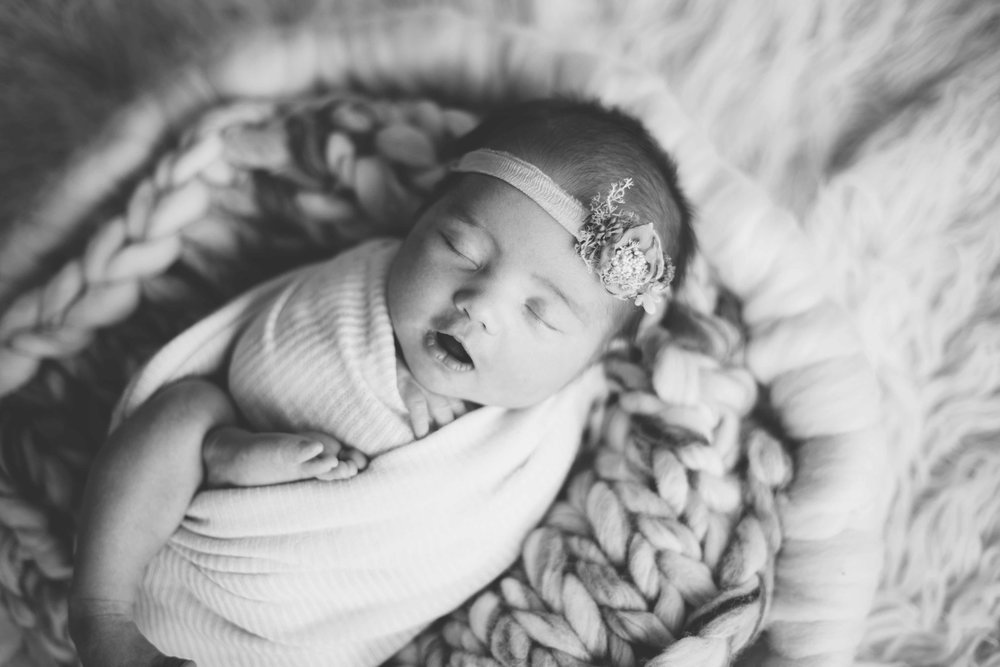 Newborn-photography-cheshire-36.jpg