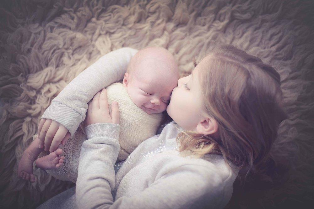 Newborn-photographer-cheshire-1.jpg