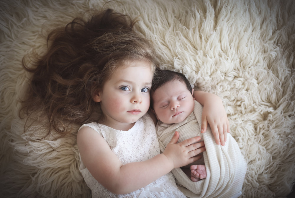 Newborn+and+sibling+photography+cheshire