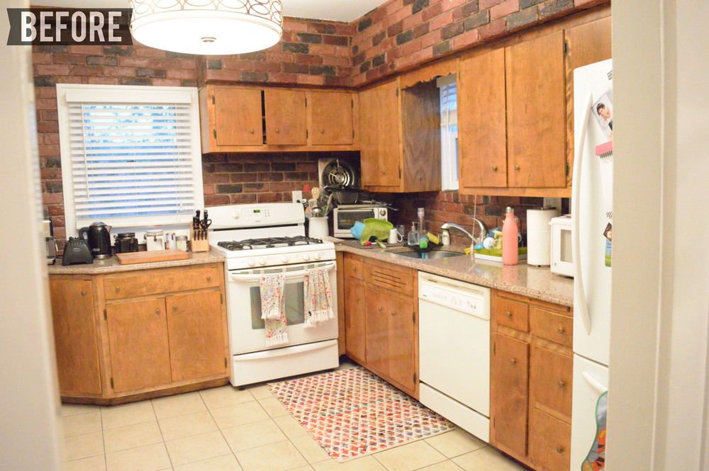 Kitchen DIY makeover BEFORE pic
