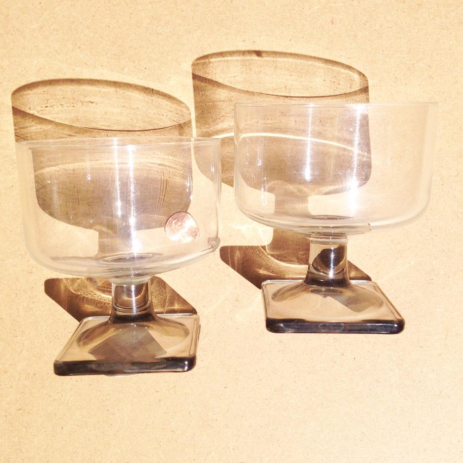 grey_cups.jpg