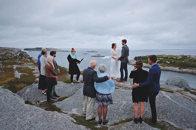 The perfect way to finish a triple wedding weekend - from New Brunswick to downtown Halifax to the high point of Polly's Cove. My feet are numb but my heart is full ❤️