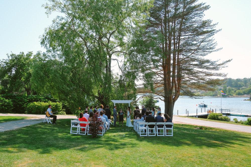 hubbards anchorage house outdoor wedding evan mcmaster-36.jpg