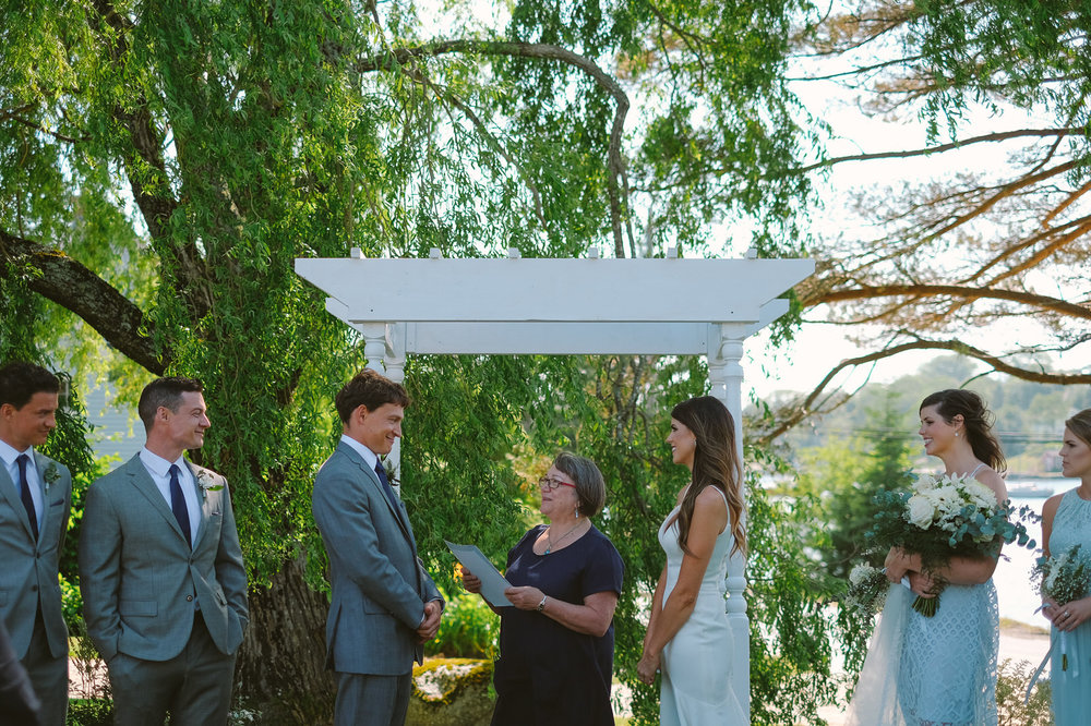 hubbards anchorage house outdoor wedding evan mcmaster-38.jpg