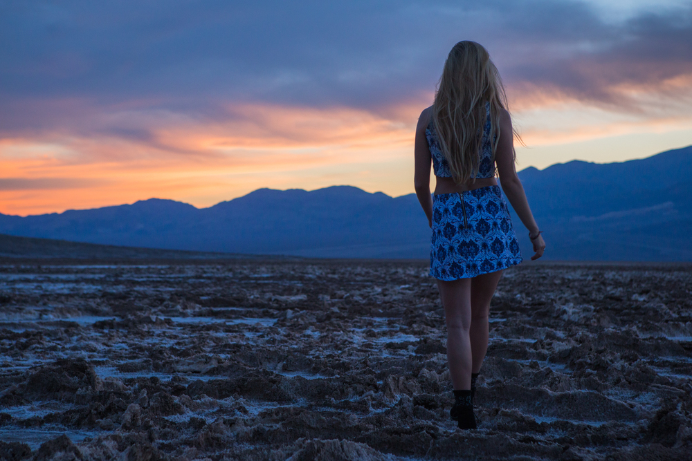 AstroBandit_JordanRose_BadwaterBasin_DeathValley_Sunset_MotelRocks_3.jpg