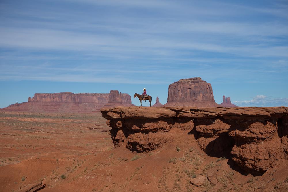 AstroBandit_ValleyOfFire_JordanRose_Horse_OnaHorse_RockFormations_JohnWayne_Wanderlust.jpg