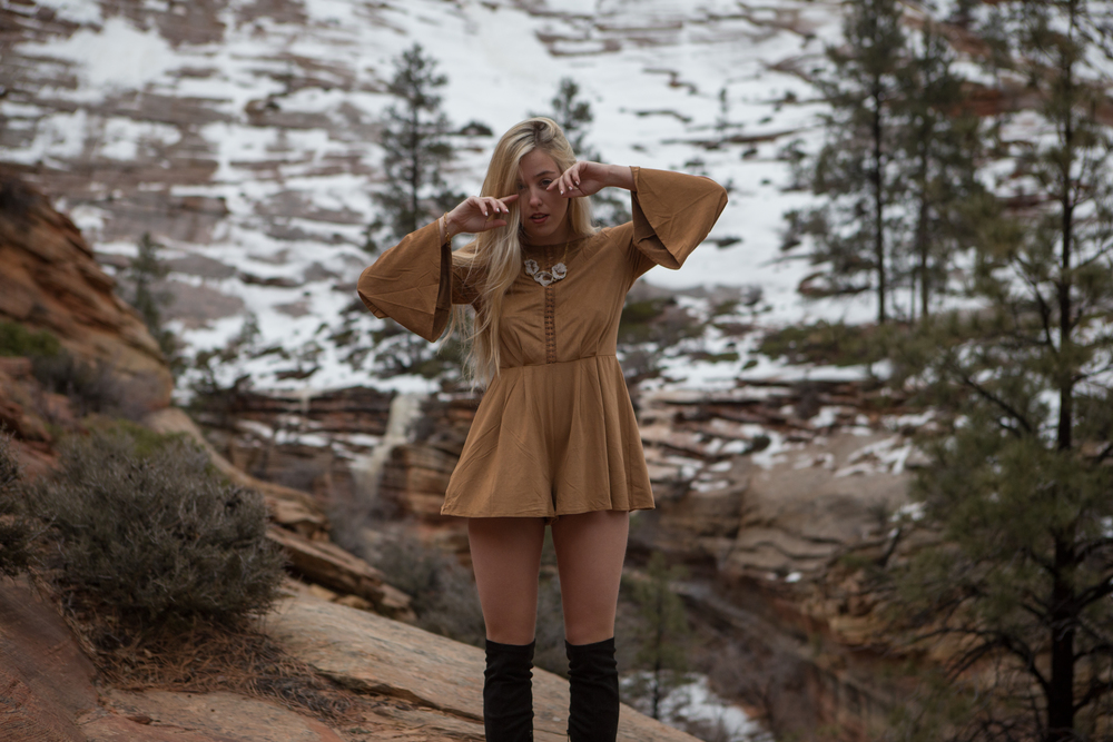 AstroBandit_JordanRose_Zion_WinterInZion_Snow_Fashion_NationalPark_5.jpg