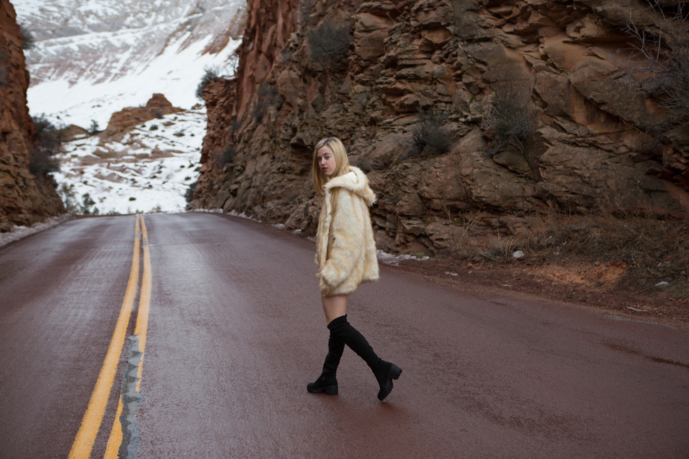 AstroBandit_JordanRose_Zion_WinterInZion_Snow_Fashion_NationalPark_6.jpg
