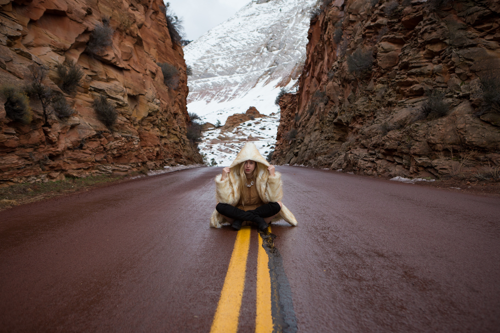 AstroBandit_JordanRose_Zion_WinterInZion_Snow_Fashion_NationalPark_7.jpg