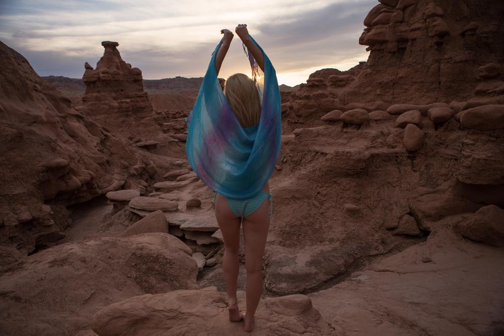 JordanRose_AstroBandit_GoblinValley_Sunset_8.jpg