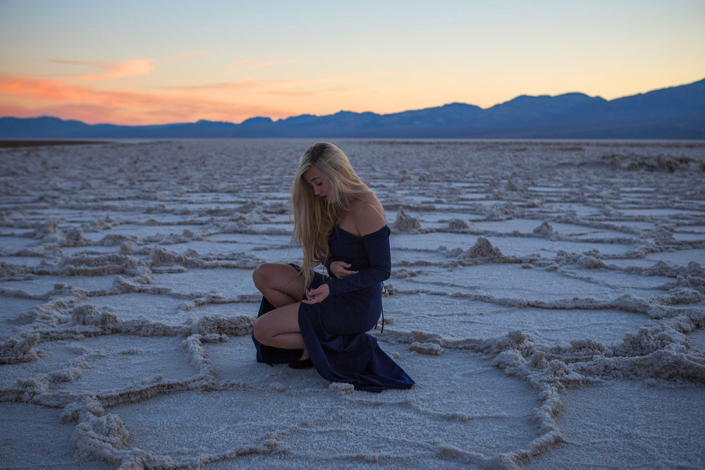 AstroBandit_FameandPartners_DeathValley_Sunset_BadwaterBasin_SaltFlats_BlueDress_3.jpg