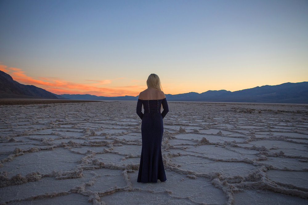 AstroBandit_FameandPartners_DeathValley_Sunset_BadwaterBasin_SaltFlats_BlueDress_4.jpg